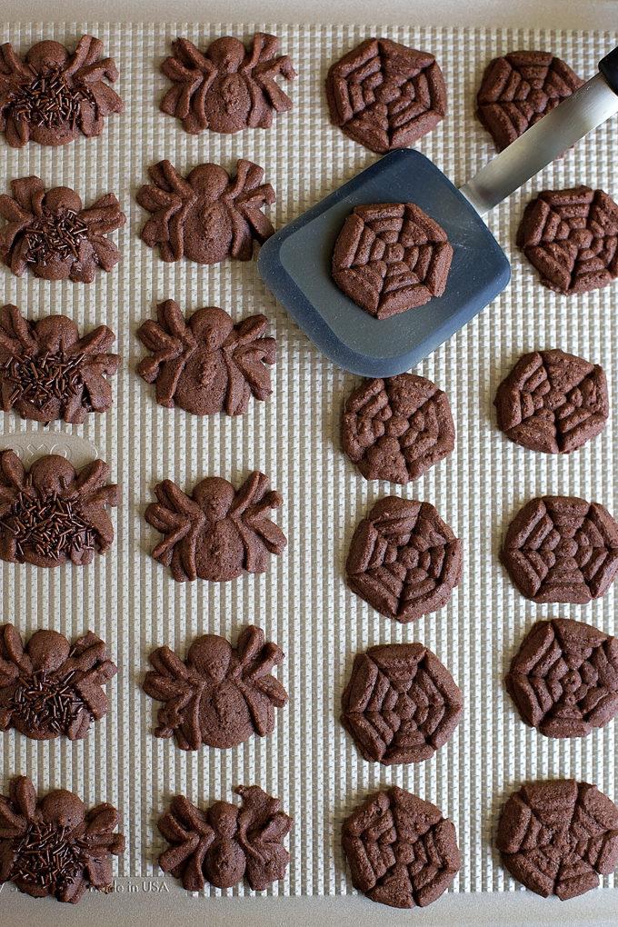 Fall Spritz Cookies | lifemadesimplebakes.com