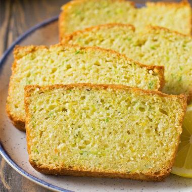 Lemon Zucchini Bread | lifemadesimplebakes.com