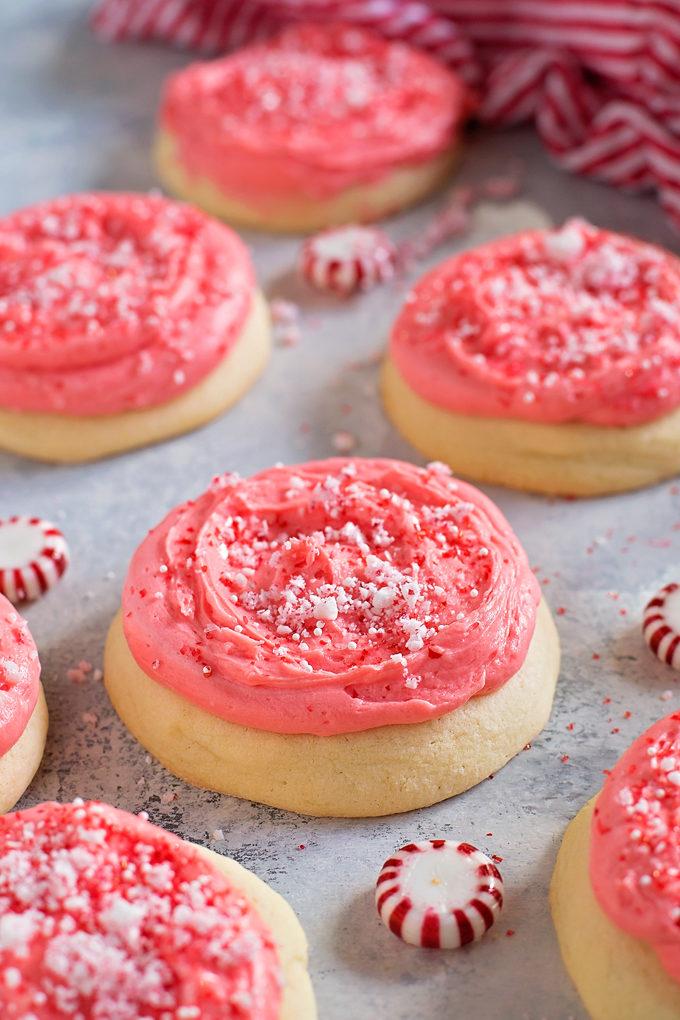 Peppermint Lofthouse Cookies | lifemadesimplebakes.com