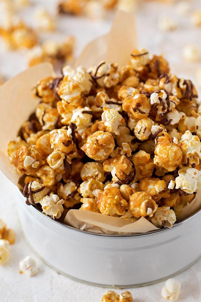 Peanut Butter Caramel Crunch Popcorn | lifemadesimplebakes.com