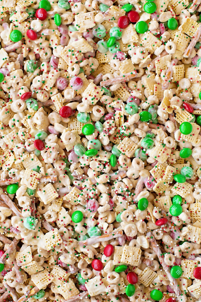 Reindeer Mix with cereal, M&Ms and white chocolate