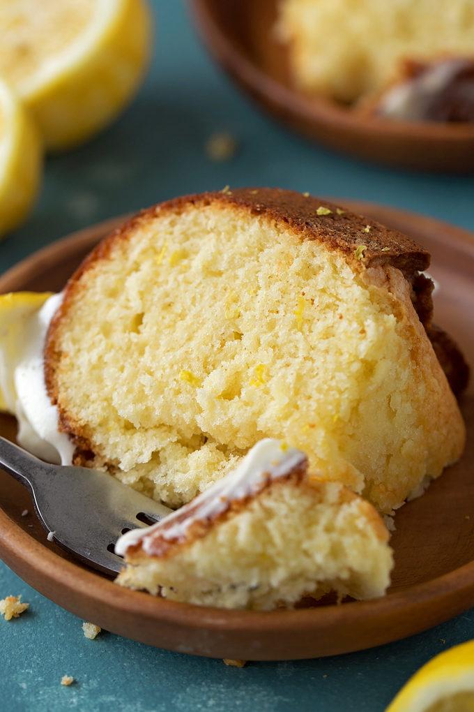 Lemon Bundt Cake | lifemadesimplebakes.com