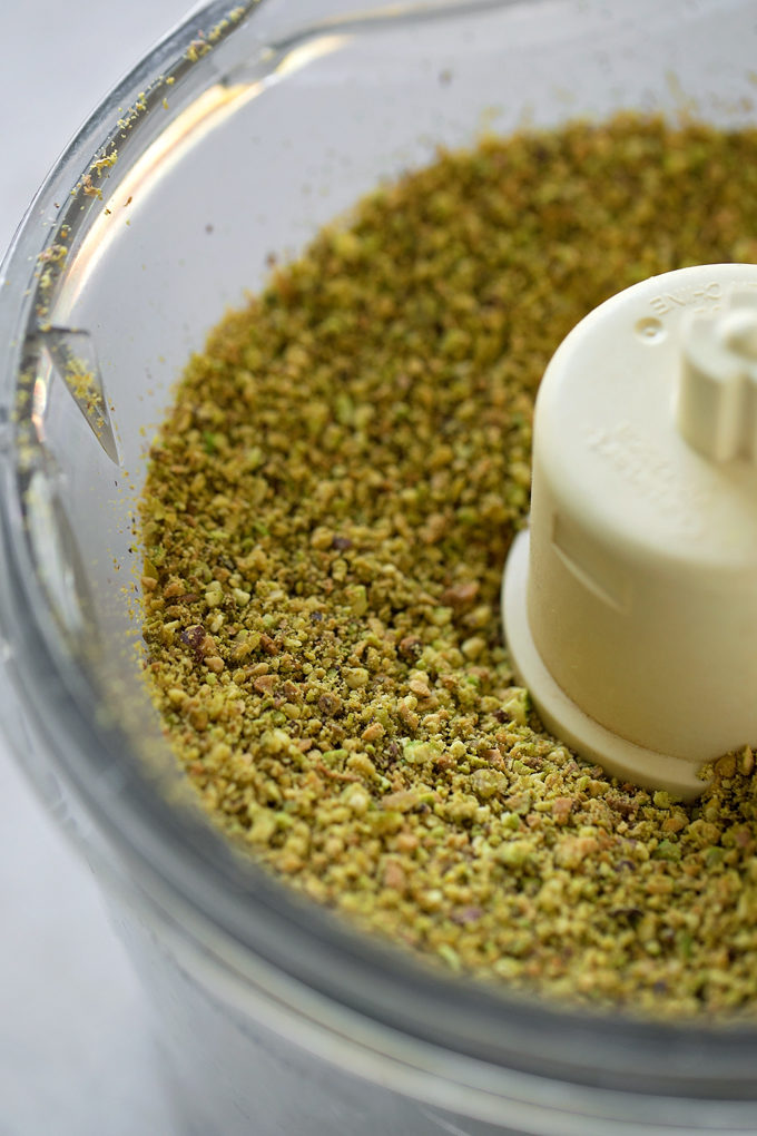 Ground pistachios for pistachio layer cake