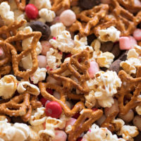 Peppermint Snack Mix