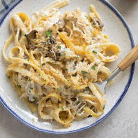 Chicken tetrazzini made with real ingredients in under 60 minutes.