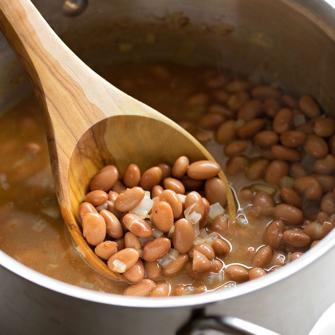 Pinto beans in pot cooking