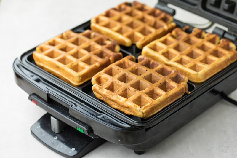 Gingerbread waffles in waffle maker