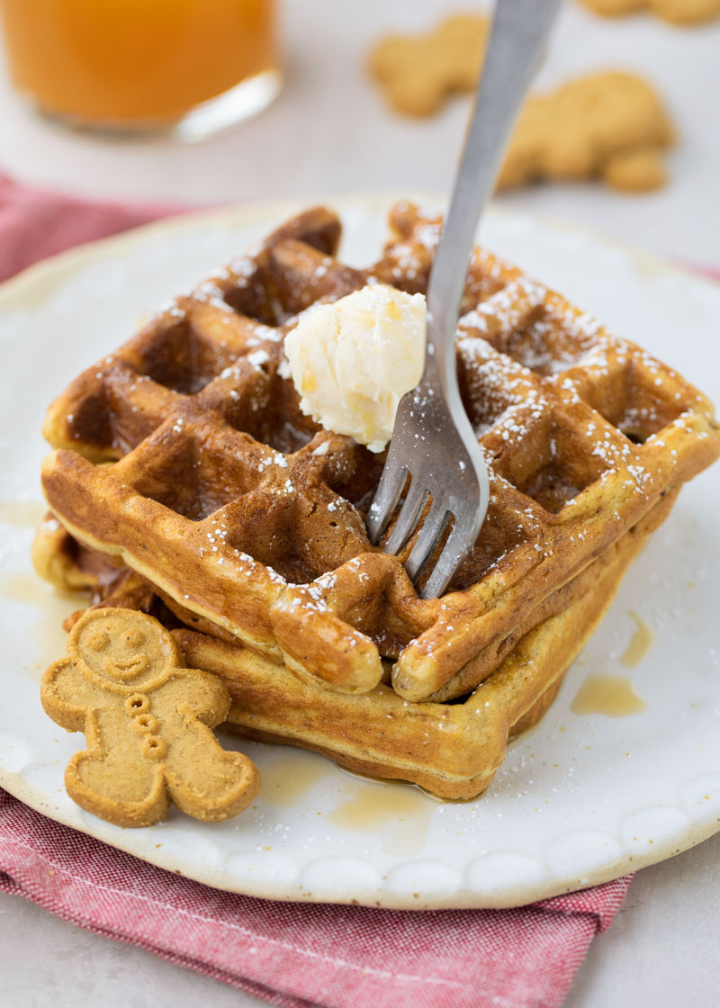 Homemade gingerbread waffles recipe
