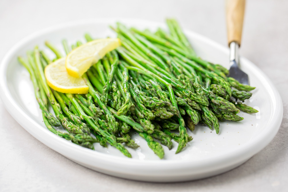 Instant Pot asparagus on plate