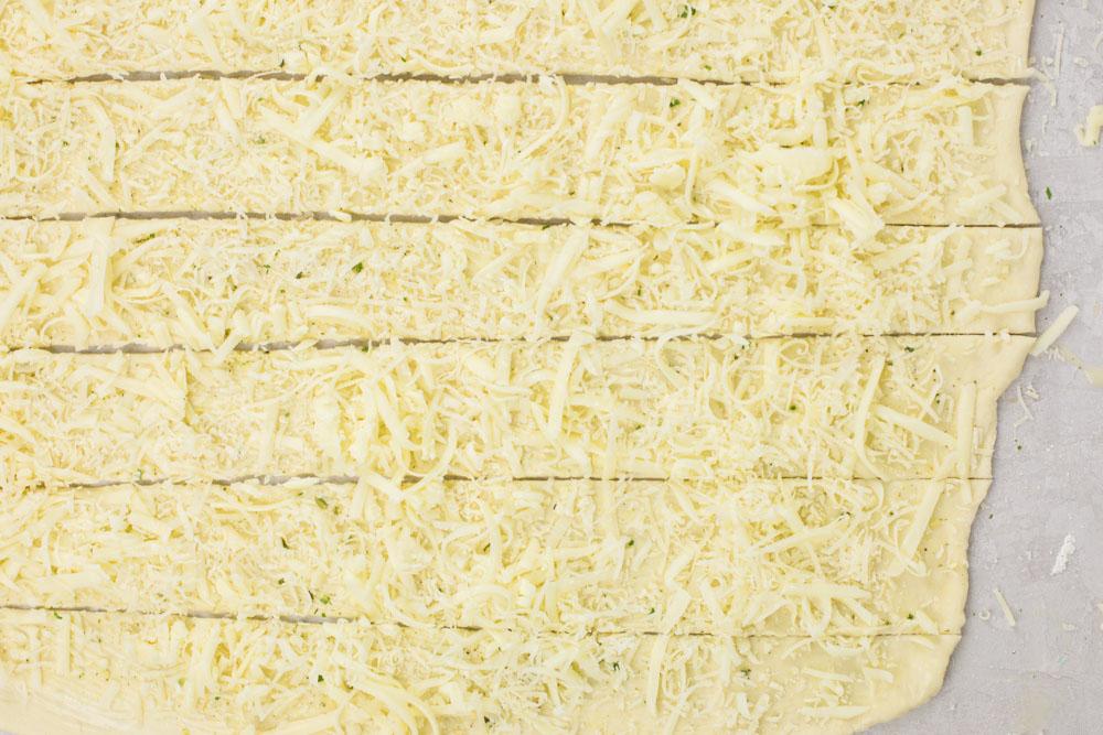 How to make breadsticks
