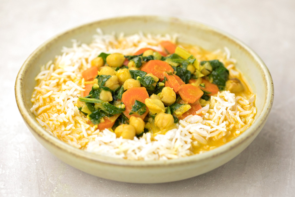 Chickpea curry in a bowl