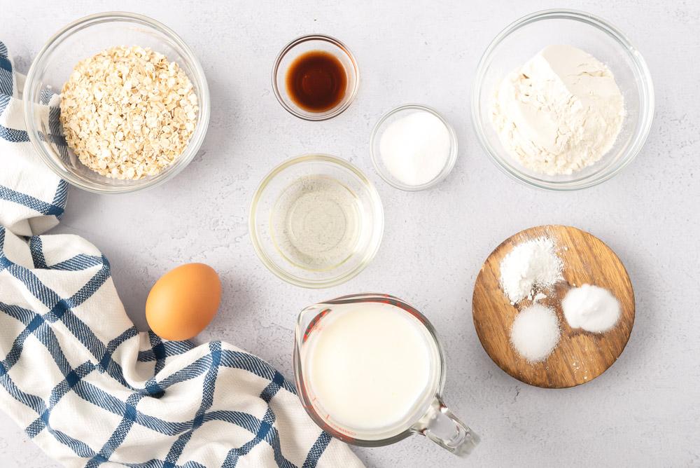 Ingredients for oatmeal pancake recipe