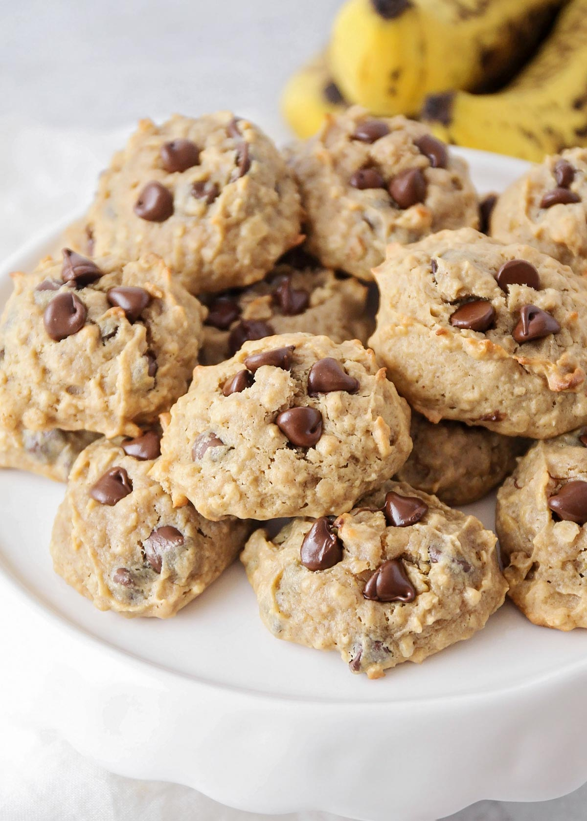 Peanut butter banana cookies on a serving platter