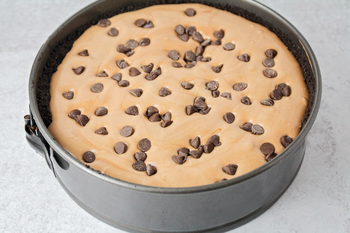 Making mississippi mud pie recipe in a springform pan