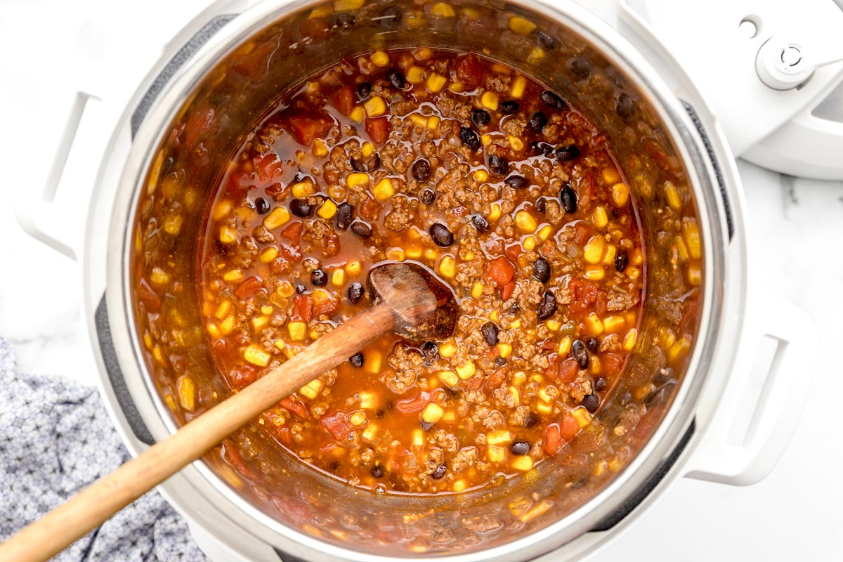 Cooked taco soup in the instant pot
