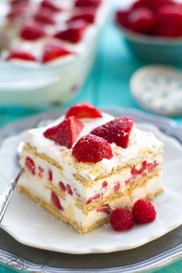 Strawberry Cheesecake Icebox Cake makes an easy no-bake dessert &  perfect for sharing with a crowd