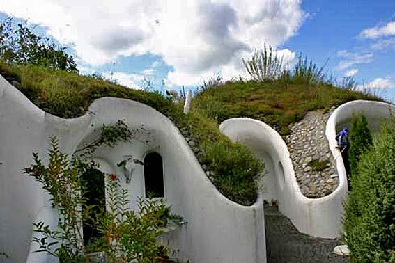 экологическая концепция земляной дом дом хоббита швейцария эко-проект