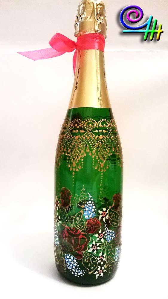 Роспись бутылок акриловыми контурами