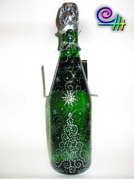 Расписываем бутылки к новому году