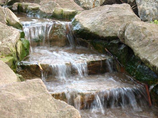 Водопад на даче 2