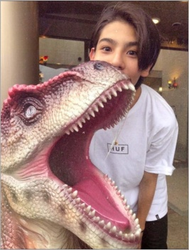 恐竜とラウール