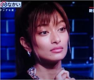 ローラの顔の変化