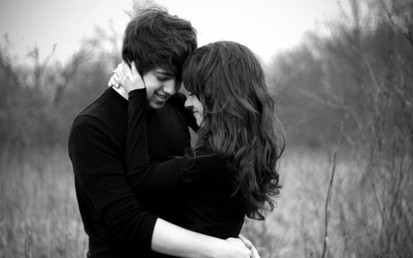 Girl_Boy_Love_Hug