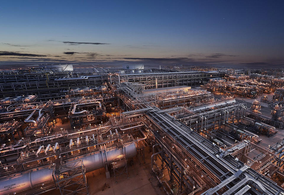 Saudi Aramco's Haradh Gas Plant in the Ghawar oil field is located northeast of the Jafurah field. (Saudi Aramco photo)