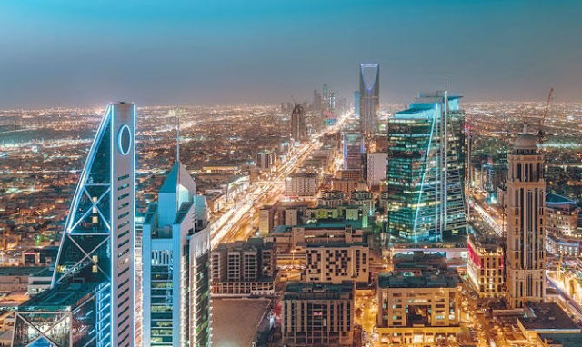 NO FREE RENEWAL OF IQAMA AND RE-ENTRY OF EXPATRIATES WHO ARE OUT SIDE THE KINGDOM   Life Of Arabs
