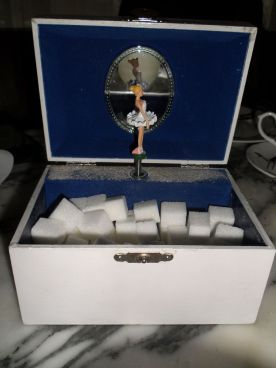 Sugar cube box