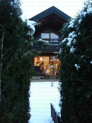 The lovely home that's keeping us warm these holidays