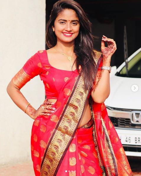 Nisha Guragain HD Pics