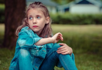 Acknowledge your child's feelings. Most people understand the reasons behind their emotions, but for kids, being overwhelmed by feelings can sometimes be very confusing. Not understanding how and why it happens can make it more difficult for kids to express themselves properly. This is why teaching your kids about emotional intelligence is very important – it allows them to understand and control their emotions better.