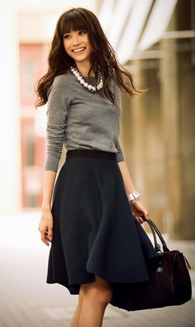 Workwear Ideas: Black Skirt, Grey Sweater| Life of Lala | https://lifeoflala.wordpress.com/