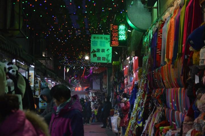 Street Market Bargaining Tips