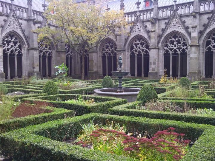 Utrecht Gardens, 7 Reasons To Visit Utrecht
