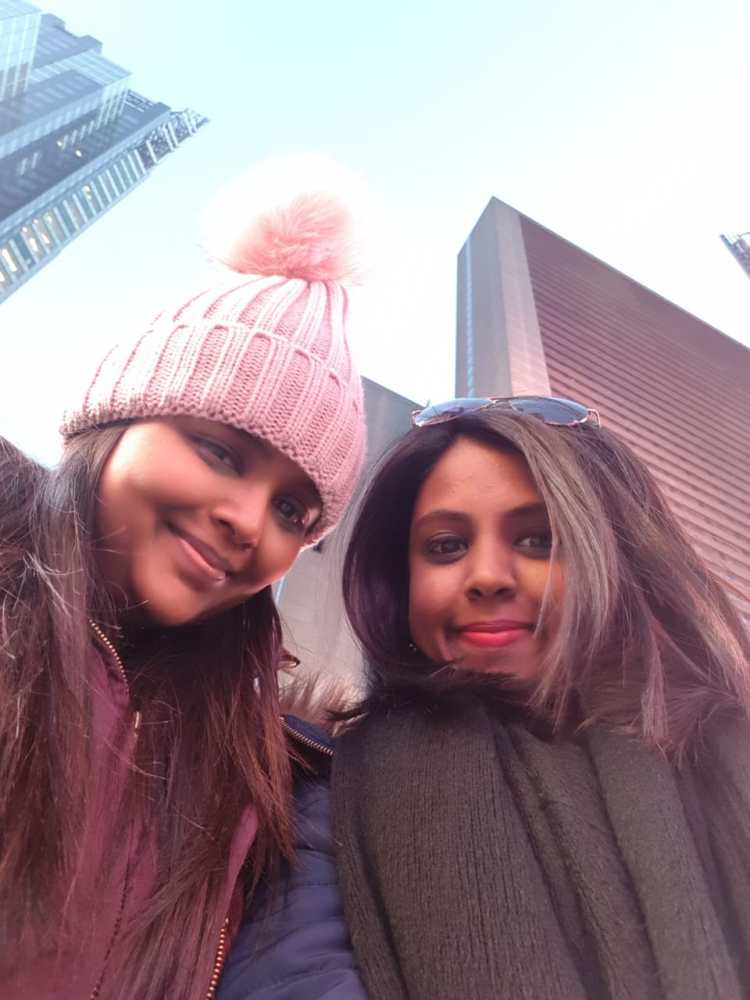 time square, sisters in new york