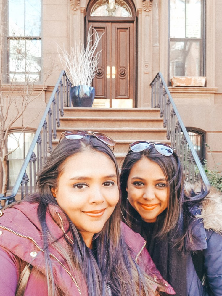 sisters in New York City, Carrie Bradshaw's apartment