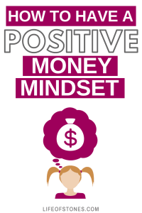Your mindset has a huge impact on your finances! Personal finance can be a challenge but this article helped me figure out how I could change my negative money mindset to have a positive mindset and it made a huge change in my life! #lawofattraction #growthmindset #finance #FinancialPeace