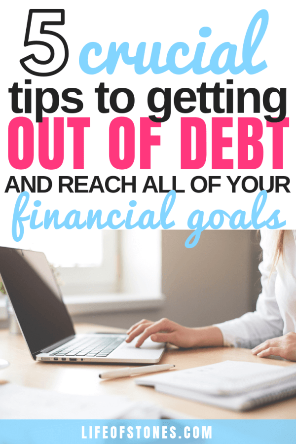 These 5 tips were the most important to me when I was on my debt free journey! These awesome tips helped me pay off all my debt fast! If you need to get out of debt click the pin to read this super helpful article and get these tips to pay off credit card debt!