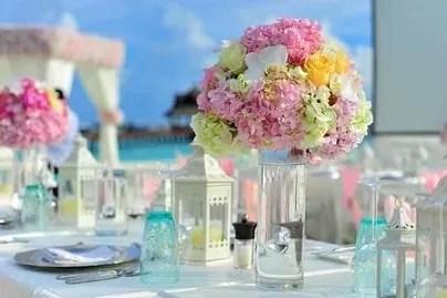 flowers-glass-vase