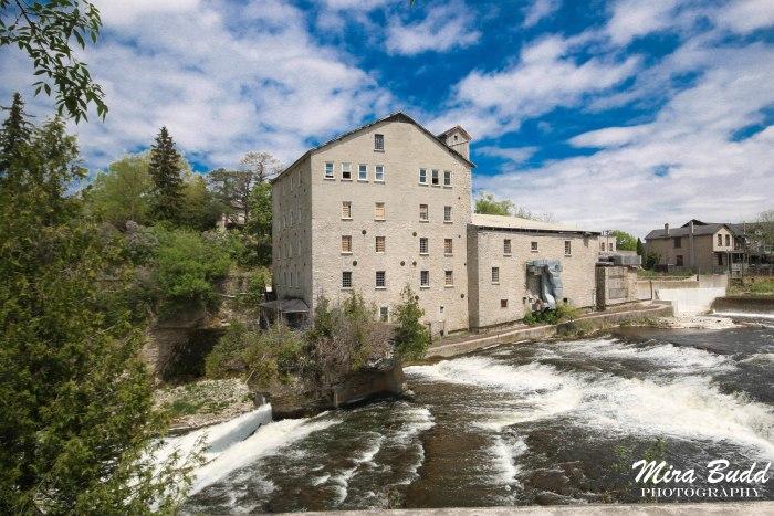 Mills in Ontario, Ontario Mill Ruins, Old Mills in Ontario, Elora Mill Inn, Waterfalls Ontario, Elora Waterfalls,