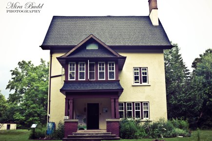 Historic Buildings in Ontario, Conservation Areas in Ontario, Sheppard's Bush Conservation Area, Aurora Hiking Trails, Ontario hiking Trails, Things to See in Aurora, things to do in Aurora, Things to see in Ontario, Ontario Hiking,