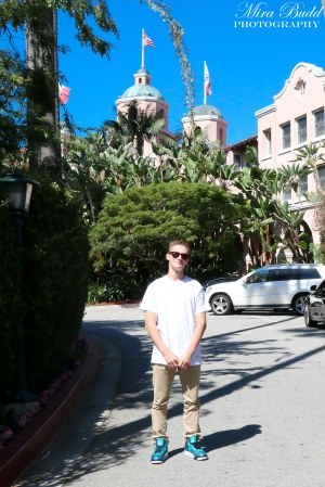 Beverly Hills Hotel , things to See in California, Places to Visit in California, Hotel California by the Eagles Hotel,