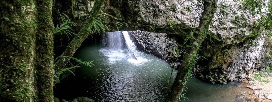 Natural Bridge, Springbrook National Park, Waterfalls in Queensland, Surfers Paradise Waterfalls, Beautiful Places in Surfers Paradise Places to Visit Surfers Paradise,