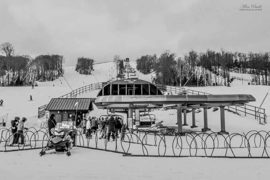 Ontario Skiing, Top Ski Hills in Ontario, Best Skiings in Ontario, Freestyle Skiers, Things to do in Winter in Ontario, Ski Rosorts Ontario, Mount St. Louise Moonstone,