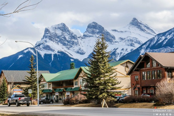 Hiking Trails Alberta, Alberta Mountains, Three Sisters, Things to See in Alberta, Canmore Alberta,