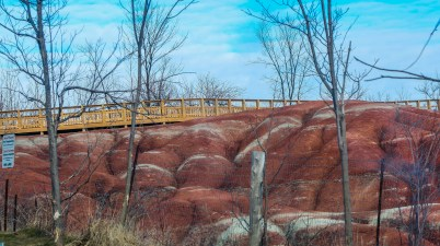 Must Visit Places in Ontario, Things to see in Ontario, Cheltenham Badlands, Caledon Badlands, Hiking Trails Ontario,