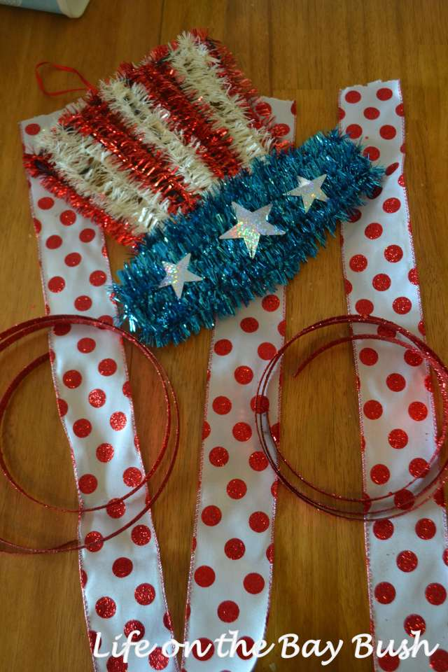 Easy July 4th Wreath