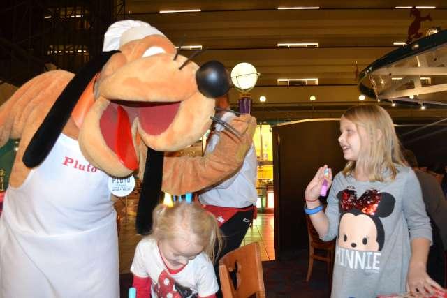 Pluto Chef Mickeys